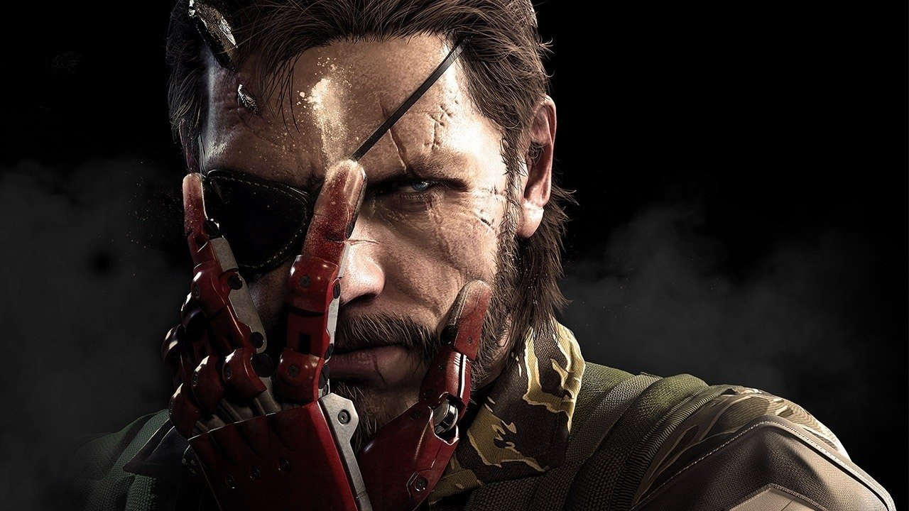 <b> 5) Metal Gear Solid V: The Phantom Pain <b> <br /> <br /> In a time seemingly all about various genres and franchises stepping out into the open world format, Metal Gear Solid 5 stands tall above the rest in terms of adapting its gameplay to the new structure. Where some other franchises struggle to maintain their identity within a sandbox, Metal Gear's thrives on it, turning all that open space into a tactical espionage playground. It hands you a useful set of weapons, gadgets, helpers, and support abilities and incorporates them all masterfully into the minute-to-minute gameplay, empowering you to conceive and execute a plan your way. No game in recent memory has rewarded player intelligence so generously.